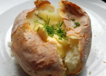 Jacket potato - pečená brambora